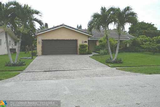 11130 NW 38th St - Photo 1
