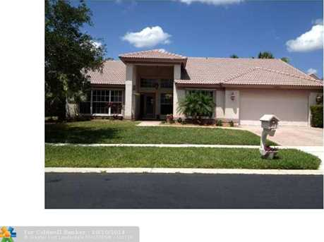 19305 NW 12th St - Photo 1