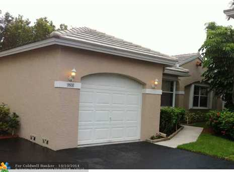 9800 NW 9th Ct - Photo 1