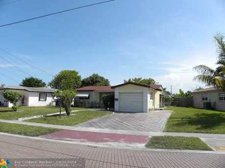 3714 NW 37th St - Photo 1