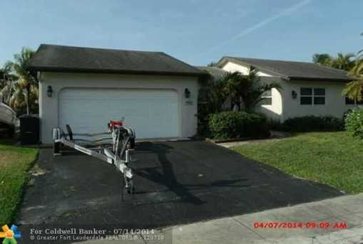 10550 NW 21st Ct - Photo 1