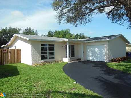 11930 NW 34th Pl - Photo 1
