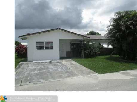 7110 NW 69th Ave - Photo 1