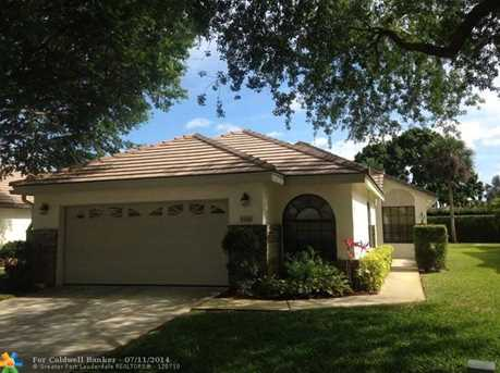 4500 Sherwood Forest Dr - Photo 1
