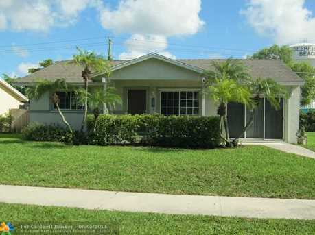 3470 SW 4th St - Photo 1