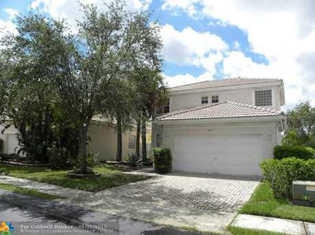 6918 NW 33rd St - Photo 1