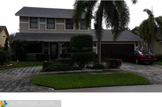 4020 NW 116th Ter - Photo 1