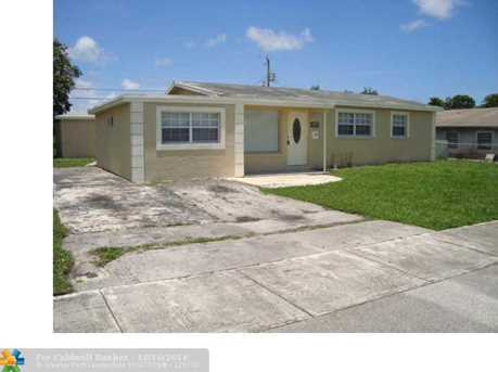 761 NW 17th St - Photo 1