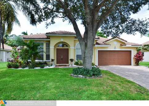 5574 NW 41st Ter - Photo 1