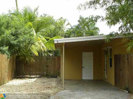 754 NW 42nd St - Photo 1
