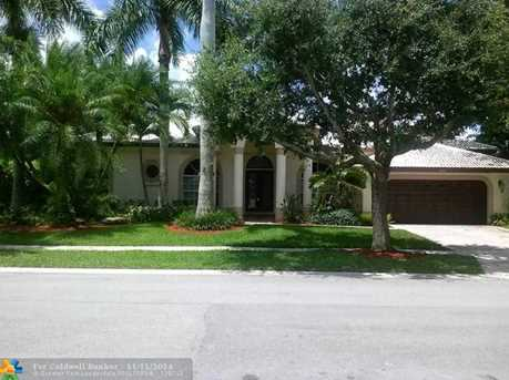 7257 NW 63rd Ter - Photo 1