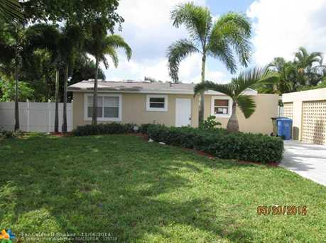 730 NW 38th St - Photo 1