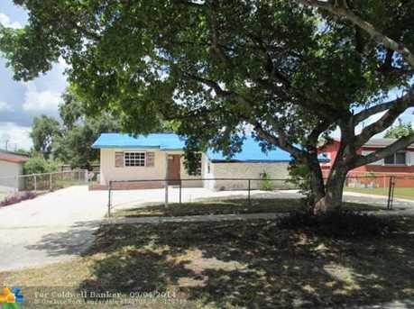 660 NW 72nd Ave - Photo 1