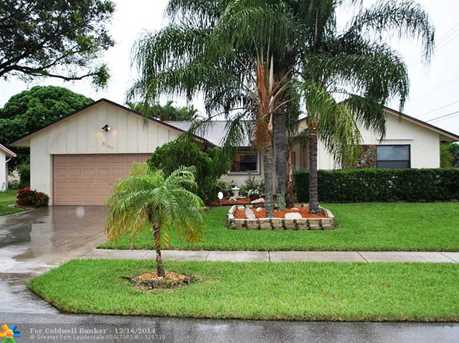5180 NW 32nd St - Photo 1