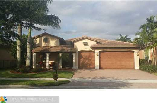 7925 NW 110th Dr - Photo 1