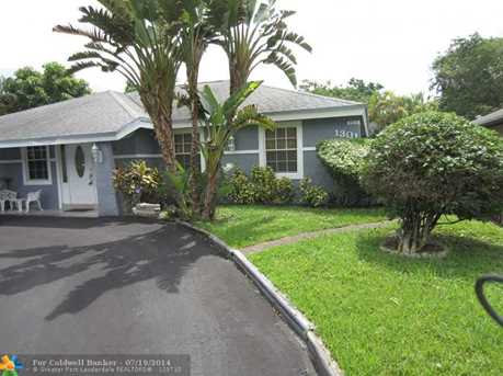 1301 SW 75th Ave - Photo 1