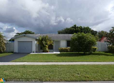 11821 NW 42nd St - Photo 1