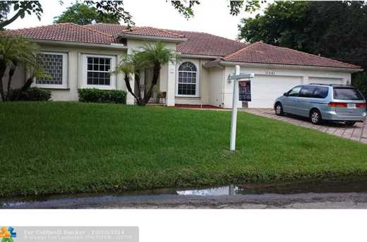 11261 NW 24th St - Photo 1