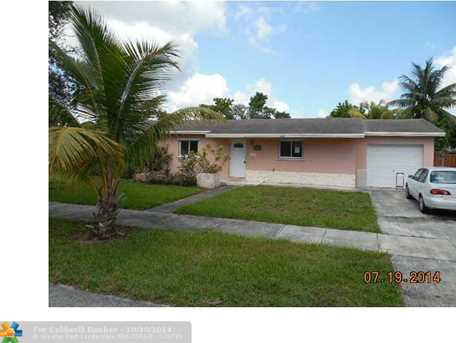 15902 SW 104th Ave - Photo 1