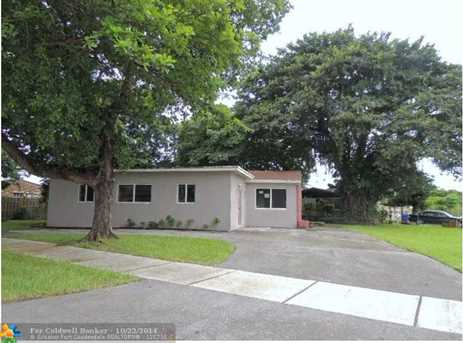 1520 SW 47th Ter - Photo 1