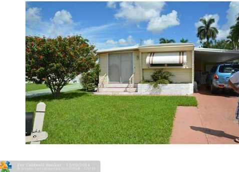 8571 SW 18th Ct - Photo 1