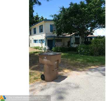 124 SW 1st Ct - Photo 1