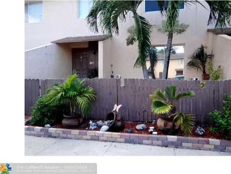 1749 NW 80th Ave, Unit # C - Photo 1