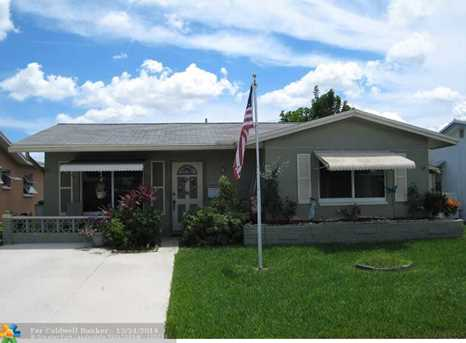 5718 NW 65th Ave - Photo 1