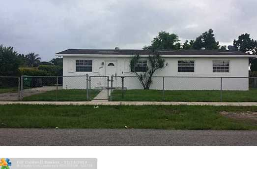 11860 SW 182nd Ter - Photo 1