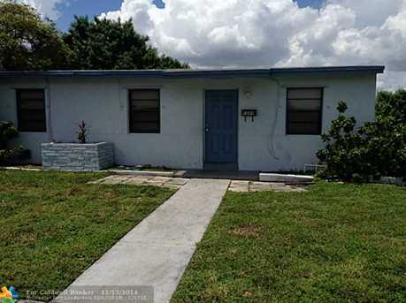 1589 NW 5th Ave - Photo 1