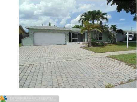 11421 NW 29th St - Photo 1