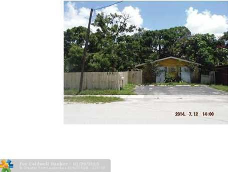 1816 SW 11th St - Photo 1