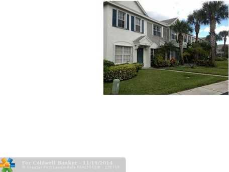 8048 Sanibel Dr, Unit # 8048 - Photo 1