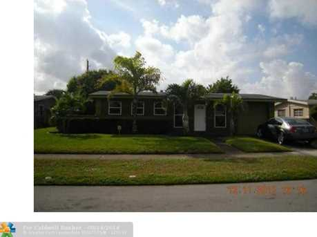 4730 NW 11th Ct - Photo 1