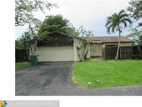 10924 SW 134th Ct - Photo 1