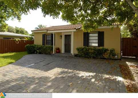 1708 SW 9th Ave - Photo 1