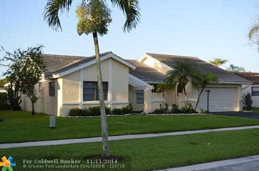 10502 NW 5th St - Photo 1