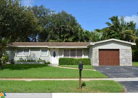 2030 NW 108th Ave - Photo 1