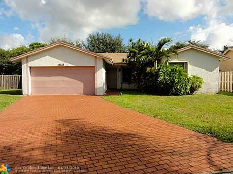 9373 NW 53rd Ct - Photo 1