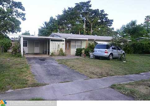 1128 SW 1st Ave - Photo 1