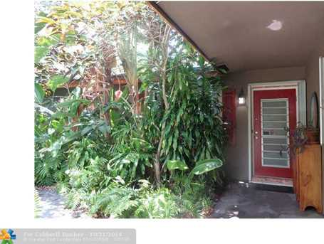 233 SE 18th Ave - Photo 1