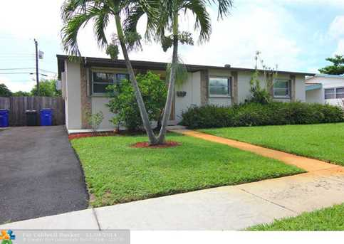 581 SW 50th Ter - Photo 1