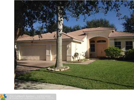 5215 NW 51st St - Photo 1