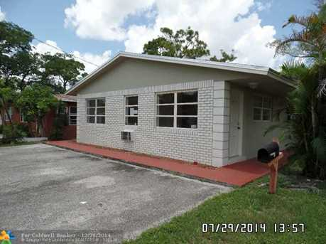 1069 NE 34th Ct - Photo 1