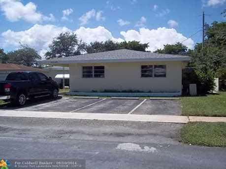 279 SE 1st Ave, Unit # 1-2 - Photo 1