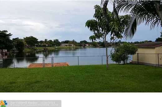 10849 NW 23 Ct - Photo 1
