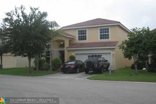 360 NW 115th Wy - Photo 1