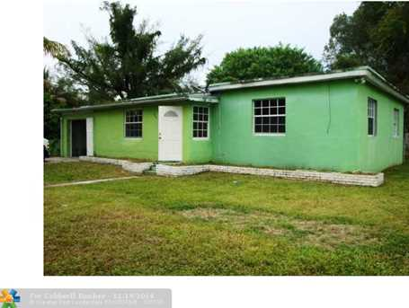 2941 NW 132nd Ter - Photo 1