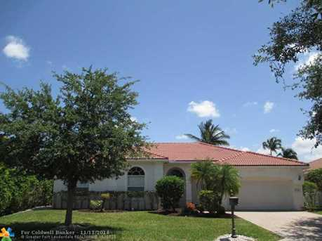 10342 NW 54th Pl - Photo 1