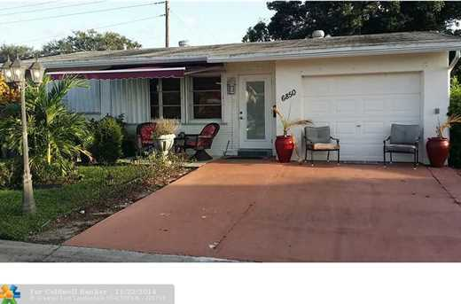 6850 NW 9th St - Photo 1